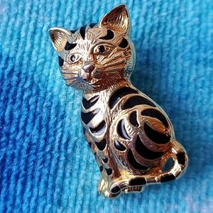 Vintage Cat Pin Black and Gold